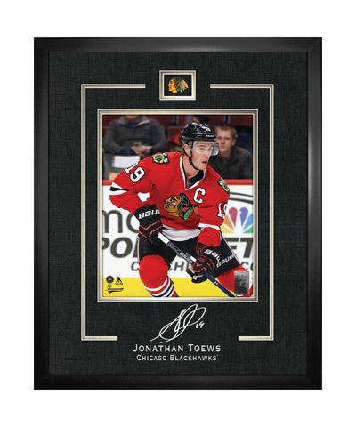 FRAMEWORTH CHICAGO BLACKHAWKS TOEWS FRAMED 16X20