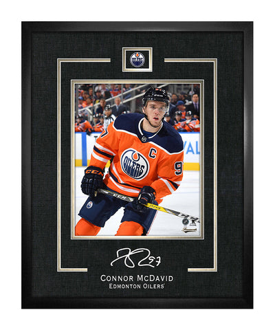 FRAMEWORTH CONNOR MCDAVID EDMONTON OILERS FRAMED REPLICA SIGNATURE - 16X20