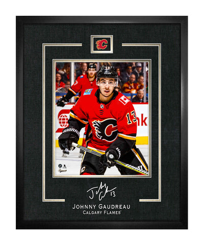 FRAMEWORTH JOHNNY GAUDREAU CALGARY FLAMES FRAMED REPLICA SIGNATURE - 16X20
