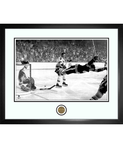 BOBBY ORR BOSTON BRUINS ICONS COLLECTION - 18X22