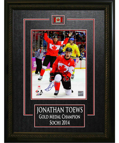 FRAMEWORTH ETCHED SIGNED FIST PUMP TEAM CANADA TOEWS FRAME