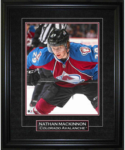 FRAMEWORTH GAME IMAGE COLORADO AVAILANCHE NATHAN MACKINNON FRAME