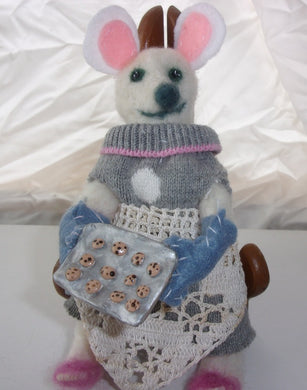 Baking mouse doll one of a kind art doll the cooking mice collection