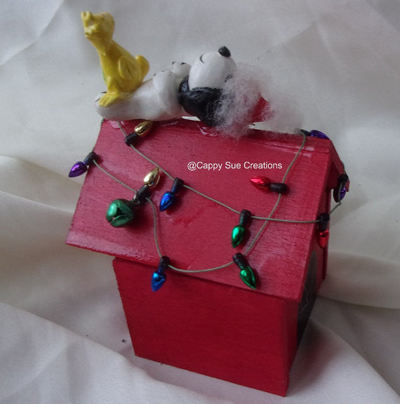 Snoopy inspired Christmas trinket box