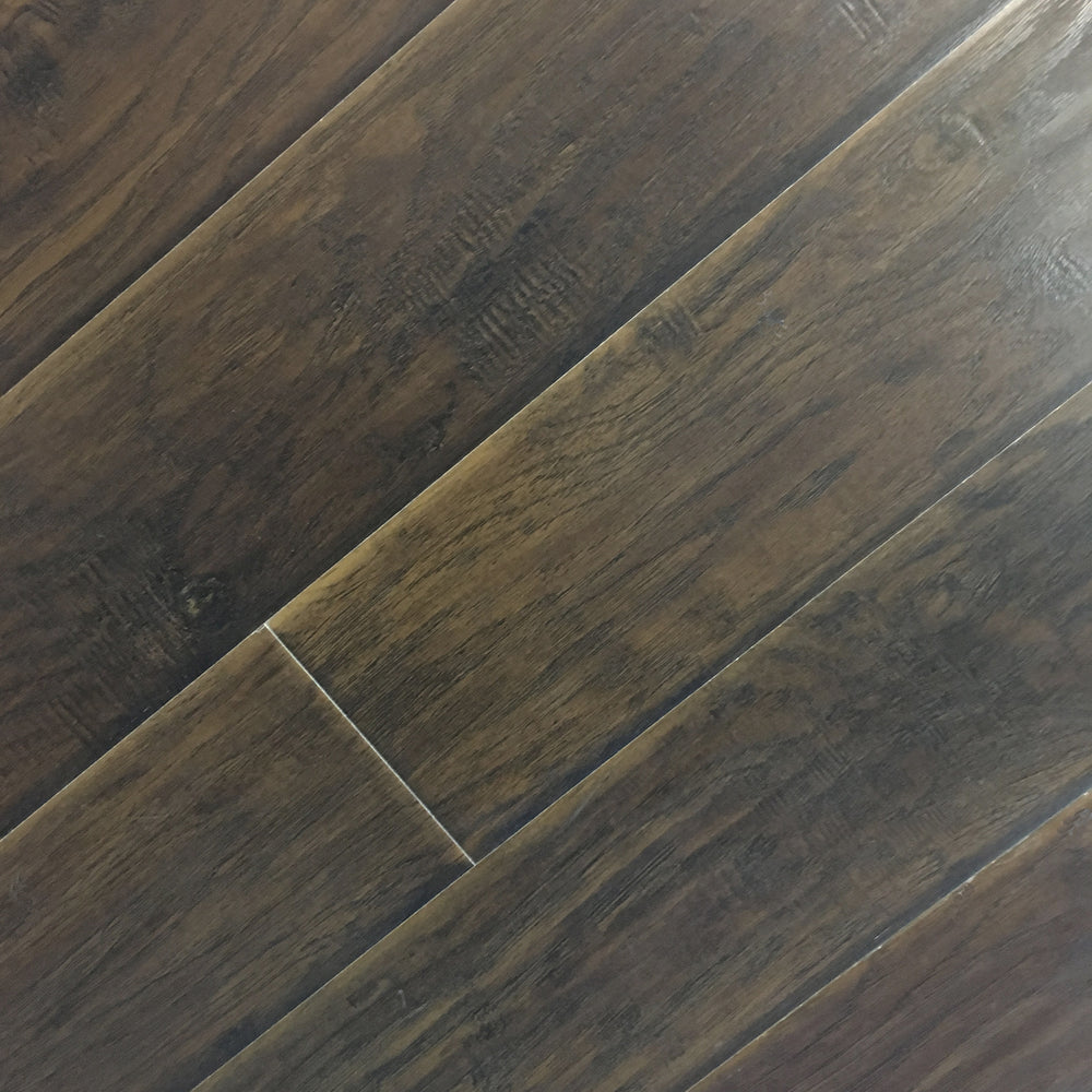 Thousand Oaks - 12mm Laminate Flooring by Dynasty