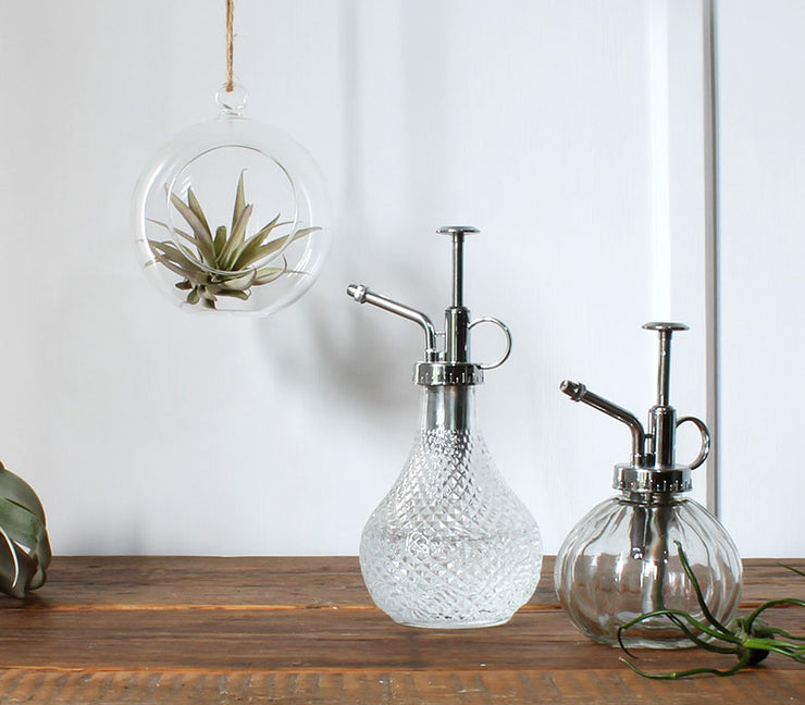 Hobnail glass atomiser - From Victoria Shop