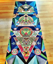 Hand-painted yoga mat: Backgammon for Aliens