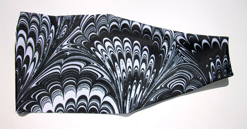 BLACK WHITE FEATHER SWIRLS High Performance Non-Slip Headband - Wild Child Headbands