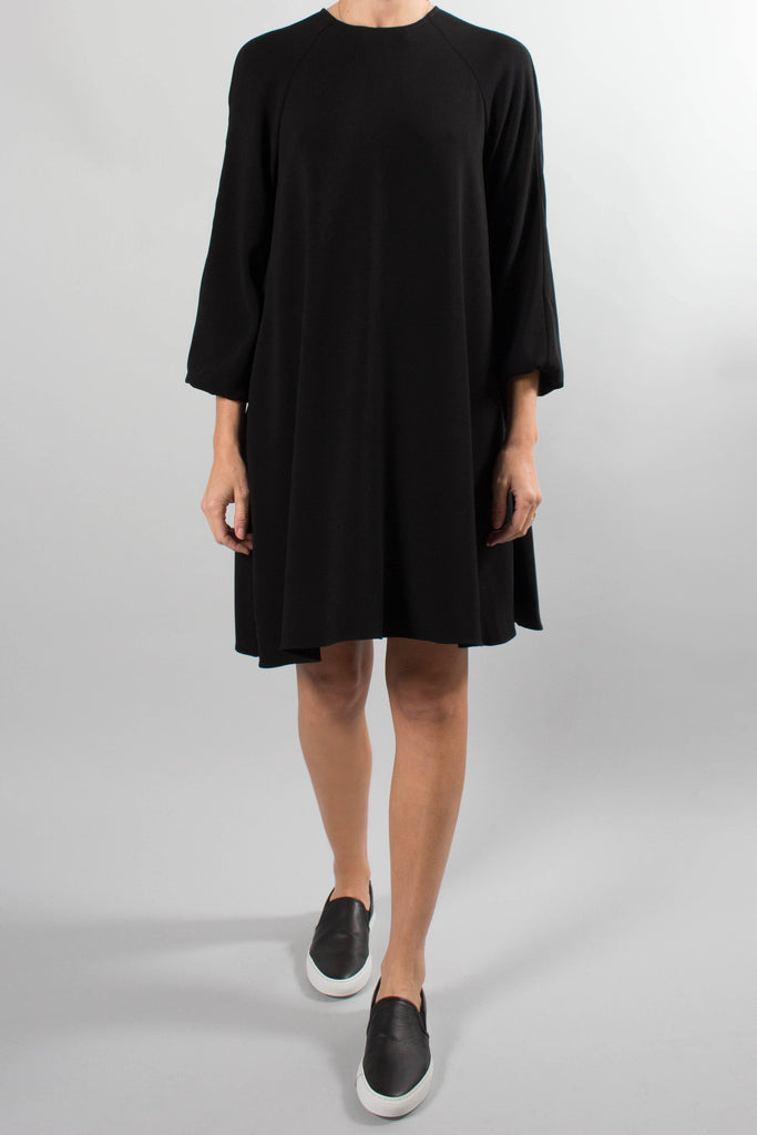 CO Long Sleeve Swingy Crepe Dress