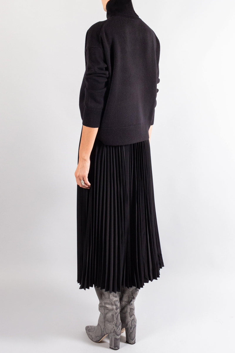 CO Pleated Long Skirt