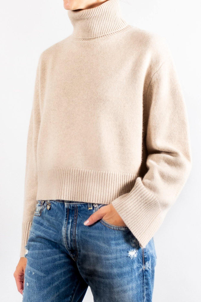 CO Boxy Turtle Neck Sweater