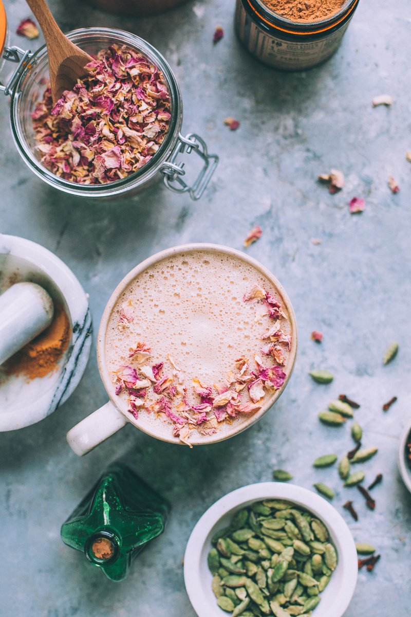 Dirty Rose Chai Plant Based Collagen Booster
