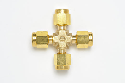 "Cross, 1/8"" Union Brass Aps"
