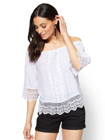 Lace-Trim Off-The-Shoulder Blouse in Paper White
