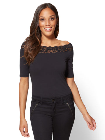 Tee Luxe - Lace-Trim Off-The-Shoulder Tee in Black