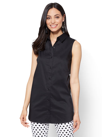 Side-Vent Tunic Shirt in Black