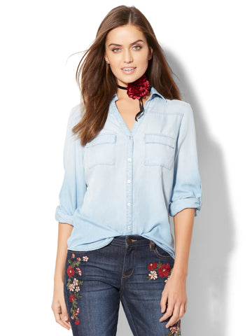 Soho Soft Shirt - Ultra-Soft Chambray - in Light Blue