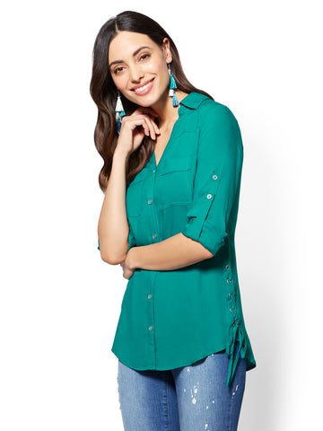 Soho Soft Shirt - Lace-Up Detail in Fanfare Green