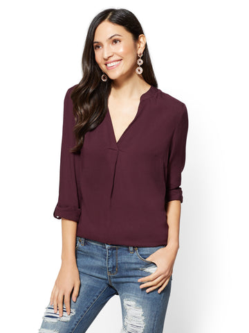 Soho Soft Shirt - Split-Neck in True Burgundy
