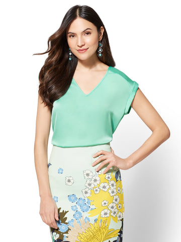 7th Avenue - Cuffed-Sleeve V-Neck Blouse in Green Opal