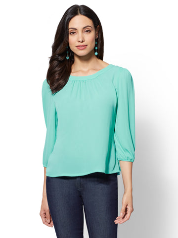 7th Avenue - Button-Back Scoopneck Blouse in Green Opal