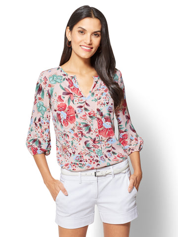 7th Avenue - Split-Neck Popover Blouse - Floral in Pink Ambrosia