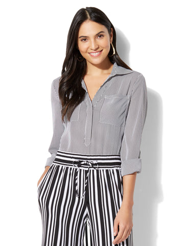 7th Avenue - Madison Soft Shirt in - Stripe in Paper White
