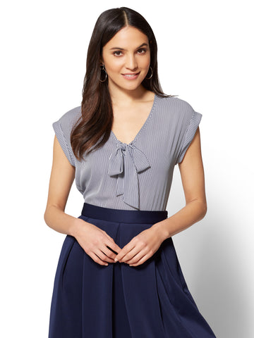 7th Avenue - Tie-Front Blouse - Stripe in Grand Sapphire