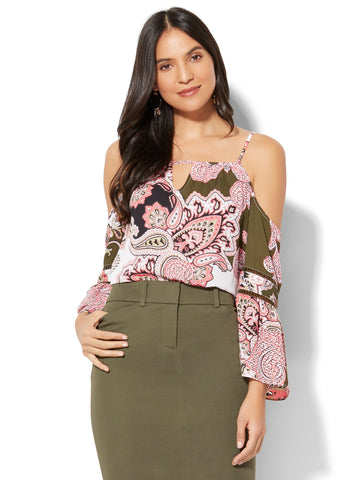 7th Avenue - Cold-Shoulder Blouse - Paisley Print in Woodland Green