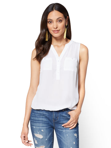 Soho Soft Shirt Sleeveless Bubble-Hem Blouse in Paper White