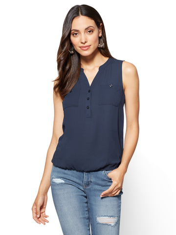 Soft Shirt Sleeveless Bubble-Hem Blouse in Grand Sapphire