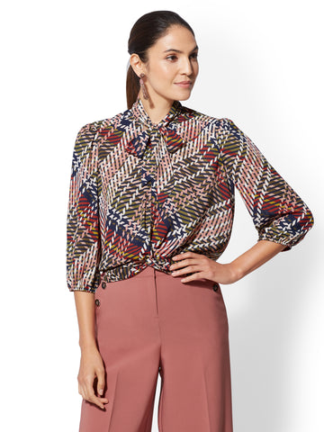 7th Avenue - Twist-Front Tie-Neck Blouse in Blue Nightshade