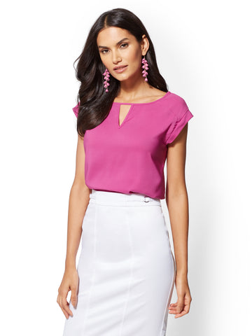 7th Avenue - Keyhole Scoopneck Blouse in Vibrant Pink
