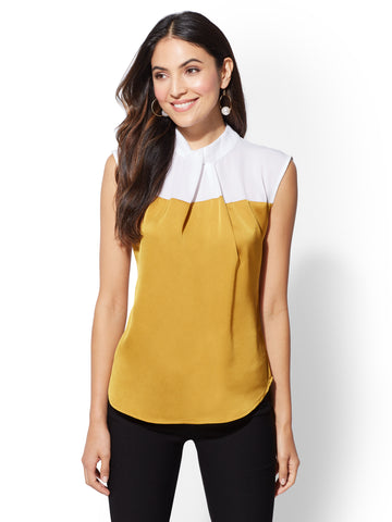7th Avenue - Colorblock Twist-Front Top in Gold Dust