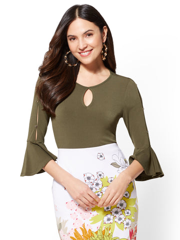 7th Avenue - Keyhole Flounced-Cuff Top in Woodland Green