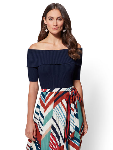 7th Avenue - Off-The-Shoulder Sweater in Grand Sapphire