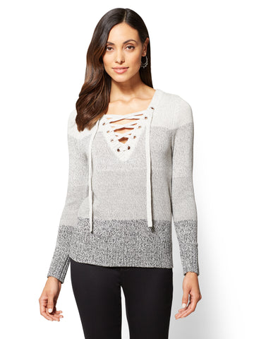 Lace-Up Grommet V-Neck Sweater - Ombre in Calm Heather Grey