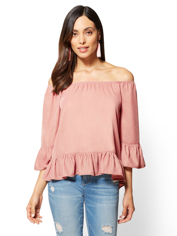 Velvet Off-The-Shoulder Top in Antique Rose