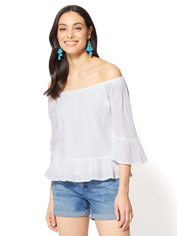 Ruffled Off-The-Shoulder Blouse in Paper White