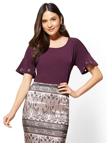7th Avenue - Grommet-Accent Flounce-Sleeve Tee in Eggplant