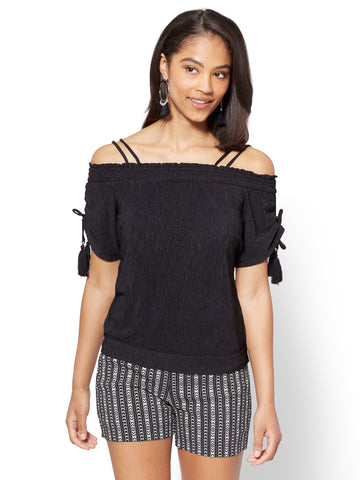 7th Avenue - Tassel-Accent Off-The-Shoulder Blouse in Black