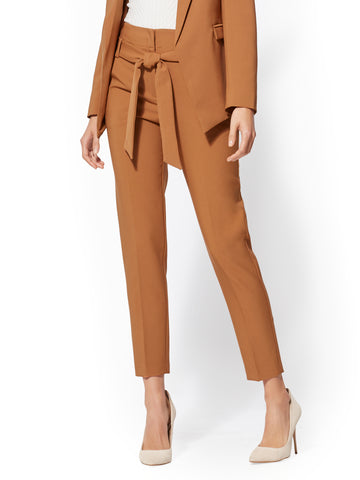 7th Avenue - The Madie Pant in Caramel Brown