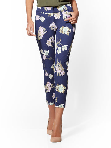 The Audrey Pant - Curvy - Navy - Floral in Grand Sapphire
