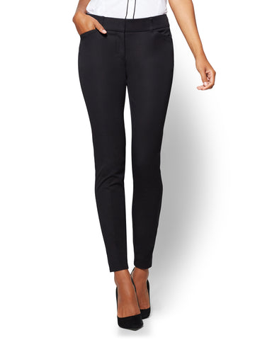 The Audrey Pant - Curvy - Solid in Black