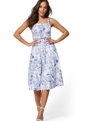 7th Avenue - Blue Floral Pleated Skirt in Optic White
