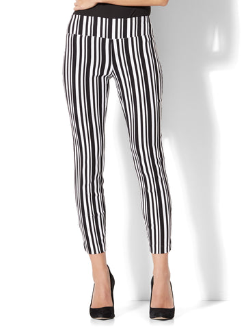 7th Avenue Pant - Pull-On Ankle in Black & White Stripe