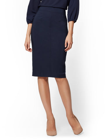 7th Avenue - Seamed Pencil Skirt in Grand Sapphire