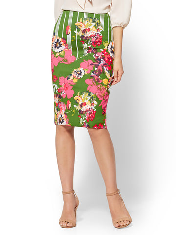 7th Avenue - Floral Pull-On Pencil Skirt in Paradise Green