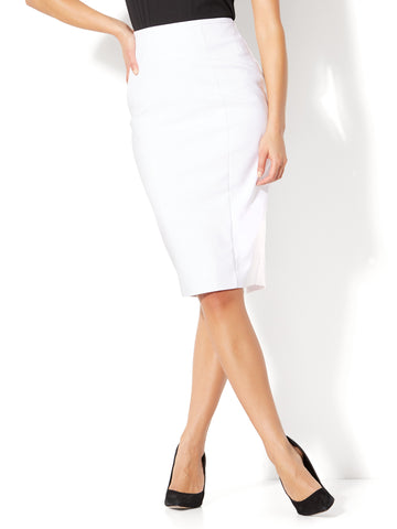 7th Avenue - Seamed Pencil Skirt in Optic White