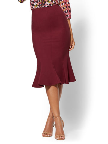 7th Avenue - Burgundy Trumpet Skirt in Romantic Red